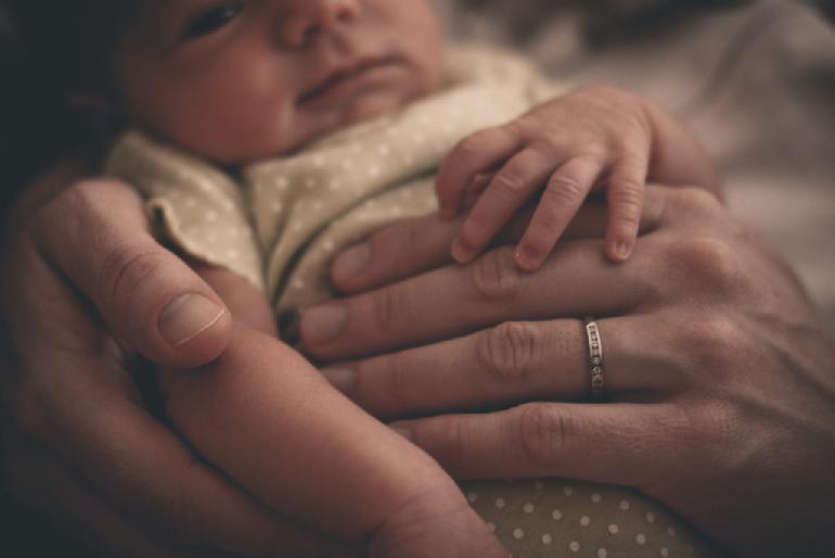 Hoe koorts verlagen bij kinderen zonder medicijnen